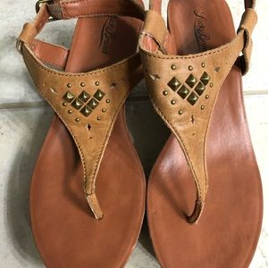 Lucky Brand thong wedges